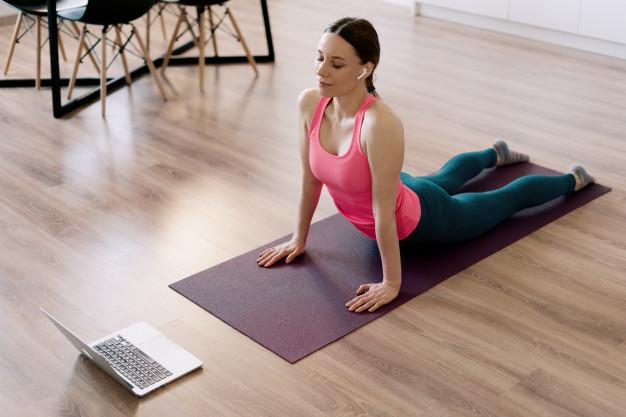 Yoga både förbättrar och förlänger ditt liv